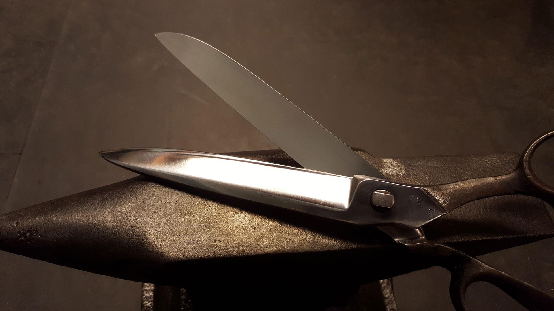 Feinschleiferei   Der Messerkönig   Messerschmiede und Schleifservice